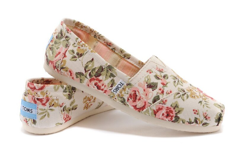 【TOMS】茉莉花帆布平底休閒鞋  Shabby Chic Women's Classic 0