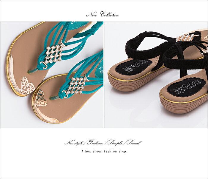 格子舖*【ANS321】簡約時尚質感絨布 金屬水鑽墜飾 鬆緊帶人字夾腳涼鞋 3色 2
