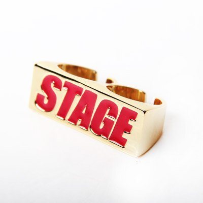 STAGE GOLDEN BOX LOGO 2FINGERS RING 白/紅 字體 1