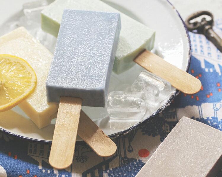 《雪文洋行》沁透快樂冰棒皂-白金漢宮青草地(翠綠草地)72%馬賽皂-70g 1