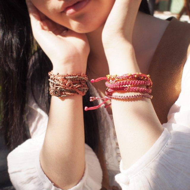 【現貨商品】【wakami】Life is what… 銅色串珠淡紫色蠟繩多圈手鍊(WA0293-29  0678150000) 4