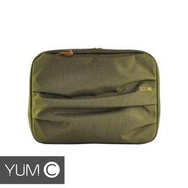 【風雅小舖】【美國Y.U.M.C. Haight城市系列Laptop sleeve13吋筆電包 橄欖綠】電腦包/保護包/斜肩包 可容納13.3寸筆電/平板