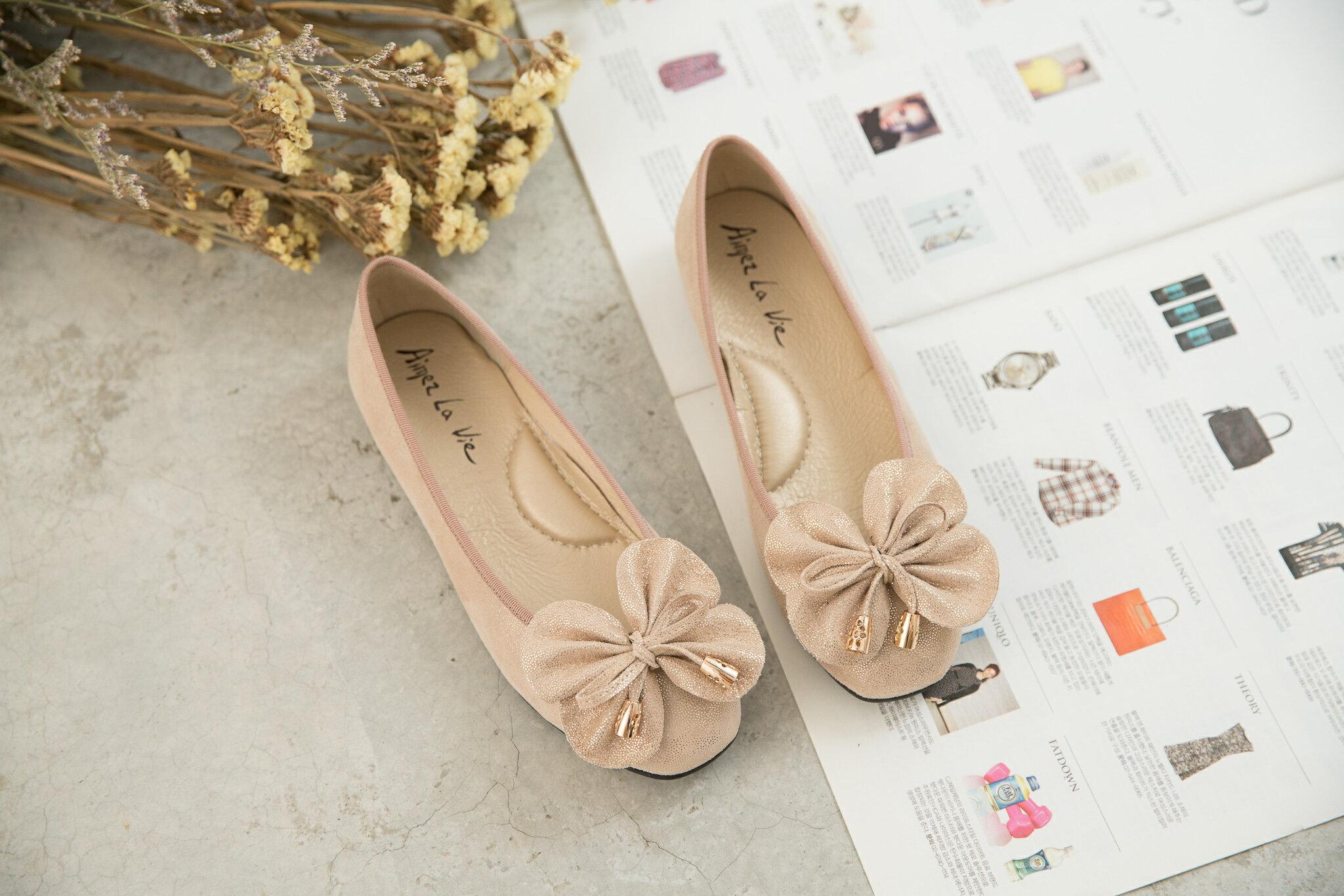 Aimez La Vie 經典優雅|大蝴蝶結金屬頭真皮平底娃娃鞋 2