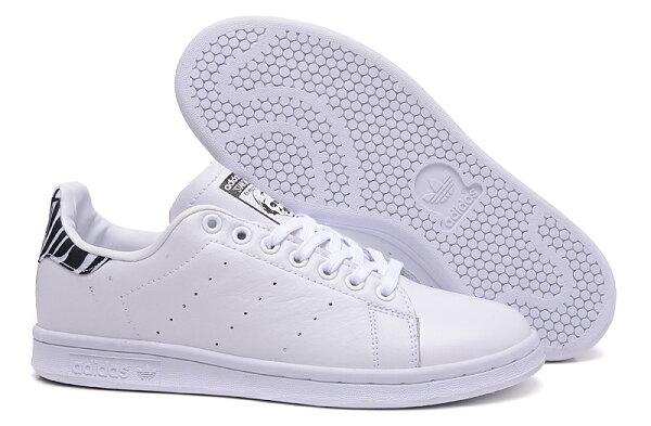 Adidas stan smith 男女休閒板鞋 經典款(白黑紋36—44)