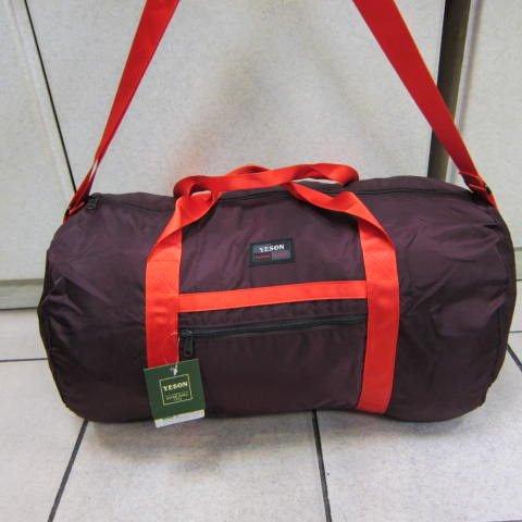 ~雪黛屋~YESON 折疊收納圓筒旅行袋 出國旅行備用旅行袋環保批發袋可掛行李箱桿F668暗紅