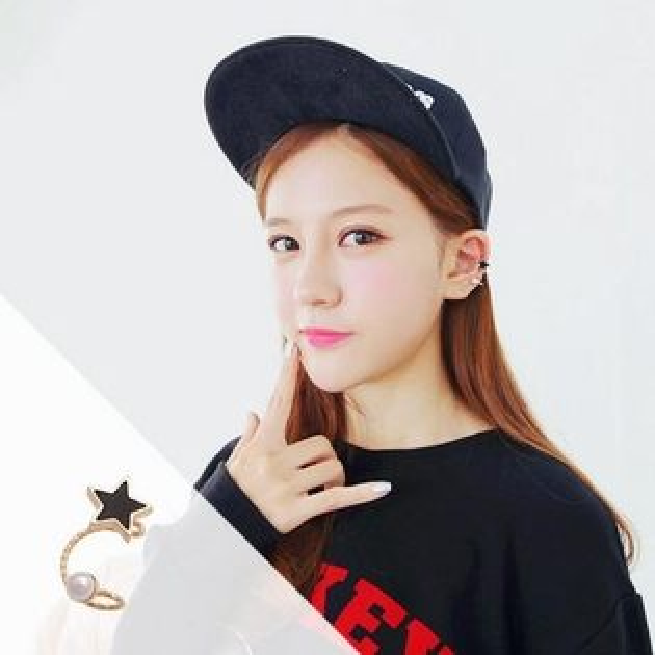 PS Mall 韓版新款 高品質時尚五角星珍珠耳釘 耳夾 無耳洞 假耳釘 耳飾 耳環【G1856】