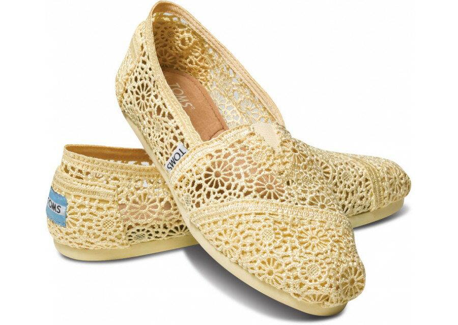 【TOMS】淡黃色蕾絲鏤空繡花平底休閒鞋  Lemon Crochet Women's Classics 0