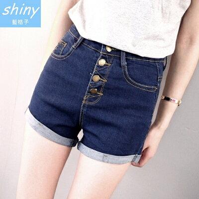 【V0997】shiny藍格子-簡單魅力.顯瘦一排釦高腰彈力翻拆邊牛仔短褲