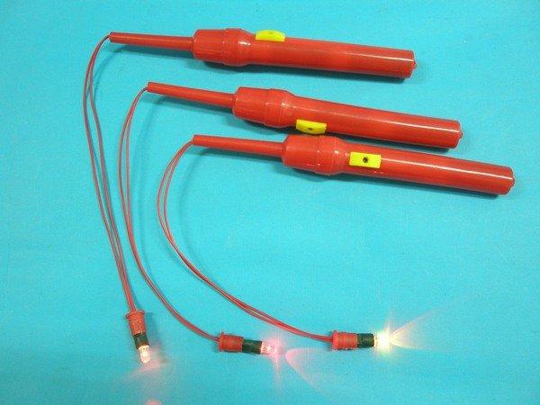 燈籠提把 LED燈籠提把 彩色燈光閃爍燈籠提把 LED省電提把/紅色提桿(三色.五彩光)/一支入{定25}
