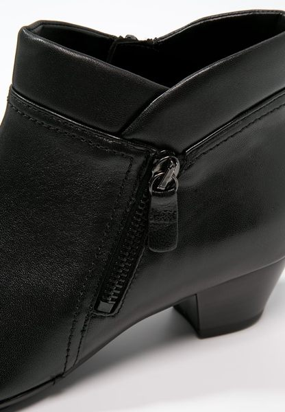Gabor 歐美側拉鍊時尚踝靴 黑 7