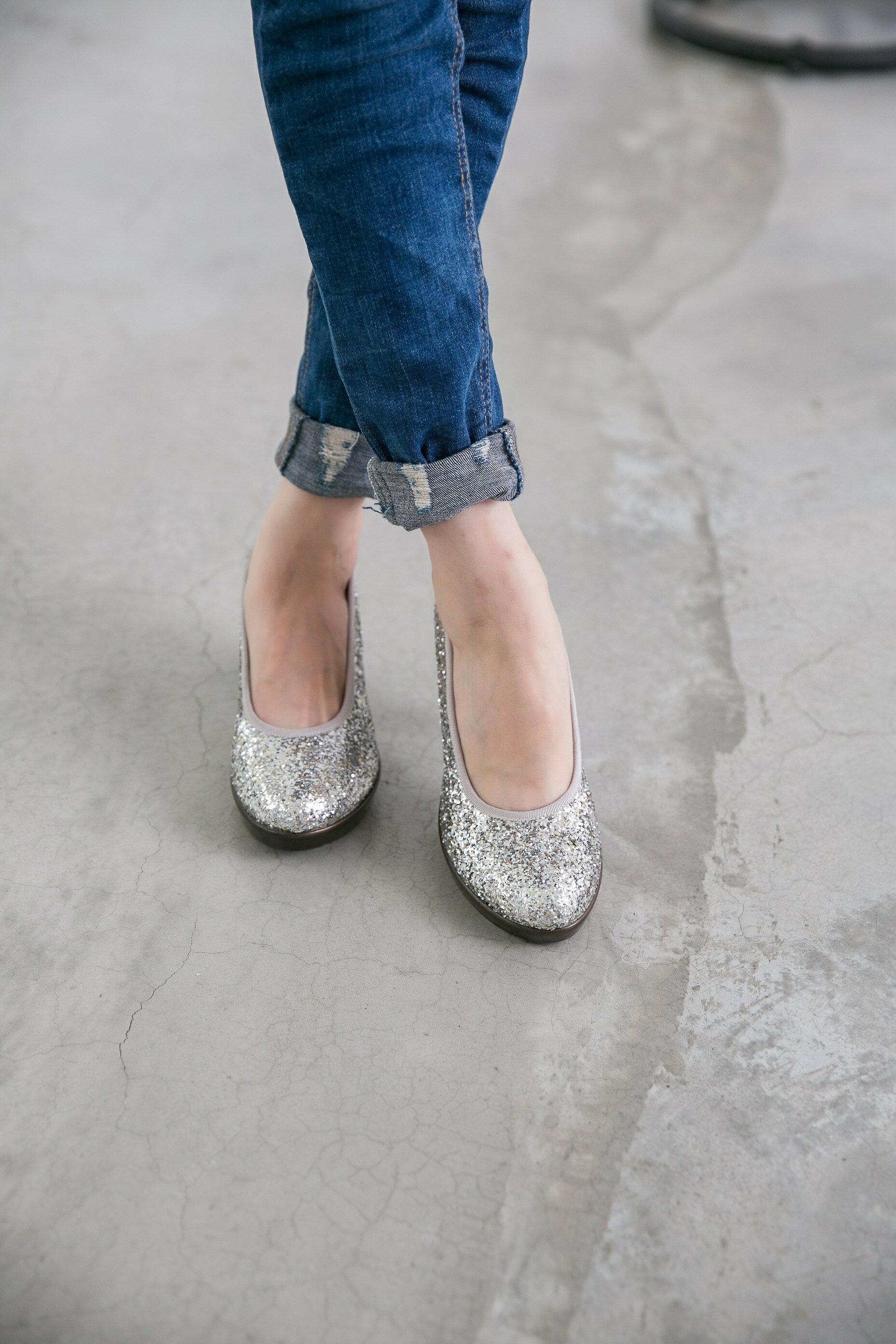 Aimez La Vie 舒適跟鞋 閃閃亮鑽約會Party厚底中跟鞋 2