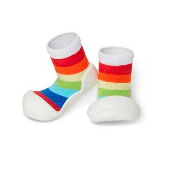 【本月特價$599】韓國【Attipas】快樂腳襪型學步鞋-彩虹白底 - 限時優惠好康折扣