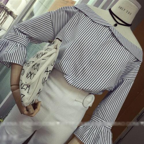 條紋挖肩一字領娃娃領喇叭袖襯衫【BC1112800】