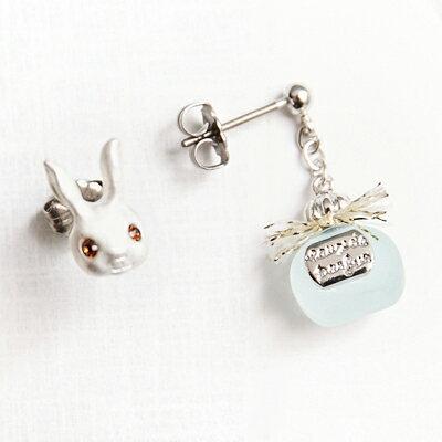〔APM飾品〕 Kaza 貴族兔的優雅香氛耳環組 ^(抗過敏^) ^(粉紅款^) ^(藍色