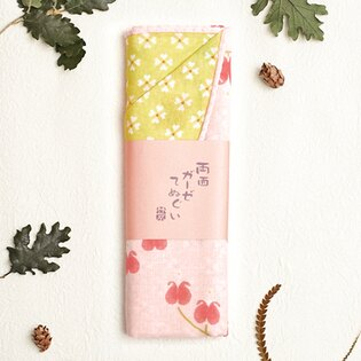 〔APM飾品〕日本Kurochiku 三層綿紗雙色風情擦手巾Ⅱ - 牡丹紛飛