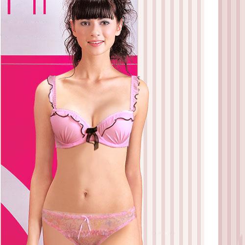 浪漫荷葉兩件式內衣胸罩組.流行女裝