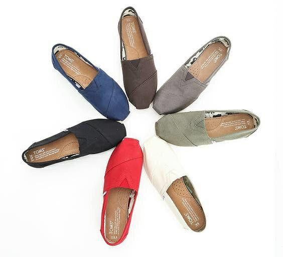 【TOMS】可可色素面基本款休閒鞋  Chocolate Canvas Women's Classics 7