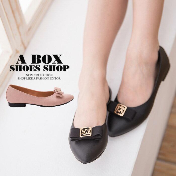 格子舖*【AD1682】MIT台灣製 金屬蝴蝶結透氣皮革 1.5CM低粗跟尖頭包鞋 娃娃鞋 2色 0