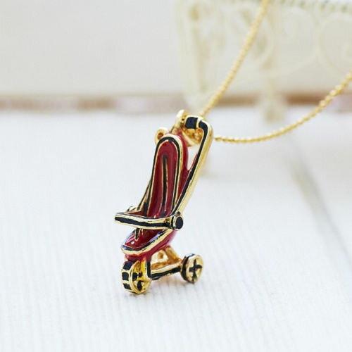●ECO安珂●【E1-1141】晴天散步 釉彩嬰兒車造型 鎖骨項鍊