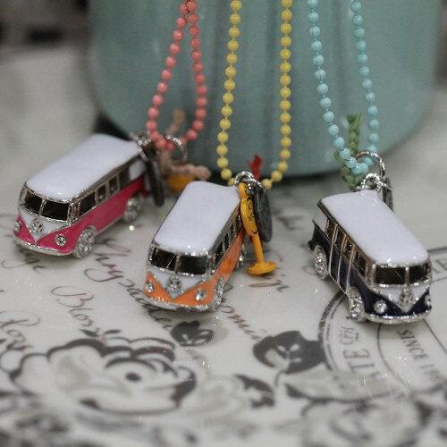 ●ECO安珂●【E1-1174】和平巴士 小汽車造型綴號碼牌站牌 項鍊(3色)