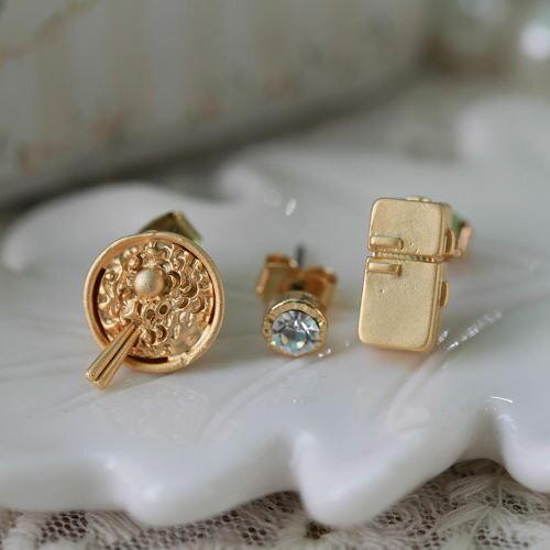 ●ECO安珂●【E2-1192】日本生活 拉麵冰箱造型與單顆水鑽 耳環(3件組/不可改夾)