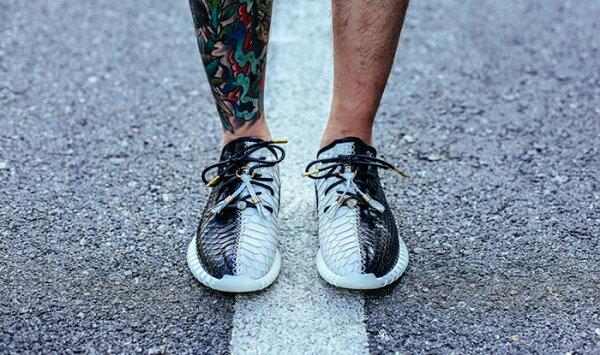 "Adidas Yeezy Boost 350 ""TaiChi""男女情侶鞋慢跑鞋 36-44"