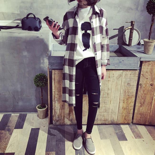 50^%OFF~G017322C~韓國復古格子寬鬆中長款開叉長袖襯衫外套女休閒薄款開衫 ~