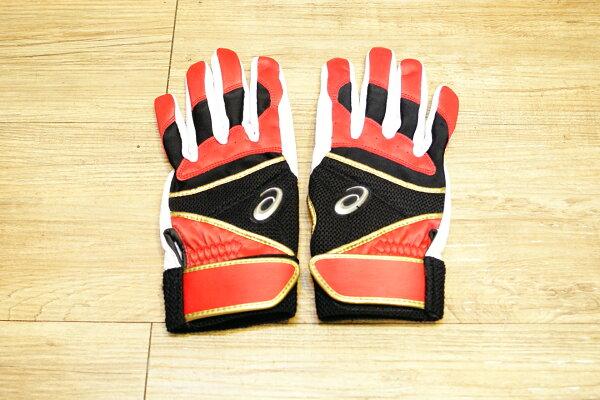 棒球世界 全新asics 亞瑟士皮革打擊手套一雙入 特價 紅黑配色