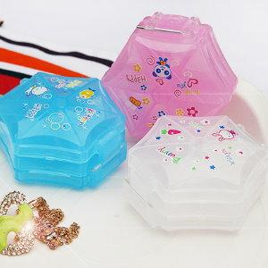美麗大街【BFM07E5E25】六角形飾品小物收納盒/藥盒