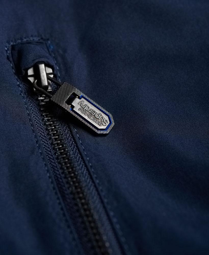 [男款] 英國代購 極度乾燥 Superdry Moody Nite Flite 輕質短版壓花 男士風衣戶外防風防水外套夾克 5