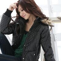 保暖服飾推薦鋪棉外套--冬天的基本必備款-菱格鋪棉連帽毛邊PU鋪棉外套(黑.藍M-2L)-J44眼圈熊中大尺碼