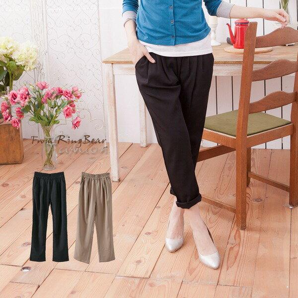 長褲--脫穎而出的品味-鬆緊褲頭寬版壓摺設計老爺褲(黑.咖S-2L)-P73眼圈熊中大尺碼