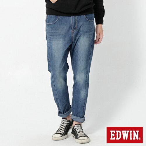 【週年慶。8折優惠↘】EDWIN JERSEYS x E-F 迦績紅袋花窄直筒牛仔褲-男款 石洗藍【單筆2000結帳輸入優惠券代碼161028。現折240元】 0