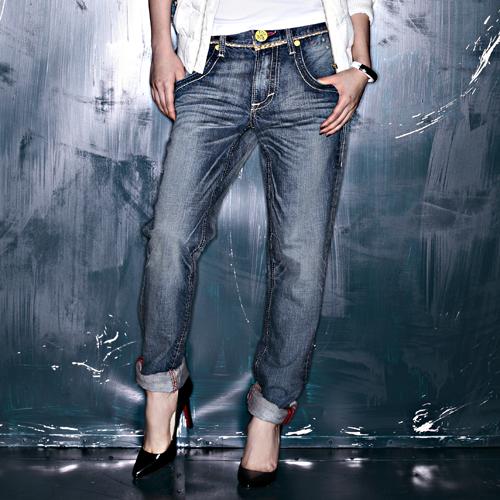 【獨家首降!990元優惠↘】EDWIN Miss503 BLUE TRIP 小花AB牛仔褲-女款 拔淺藍色 0