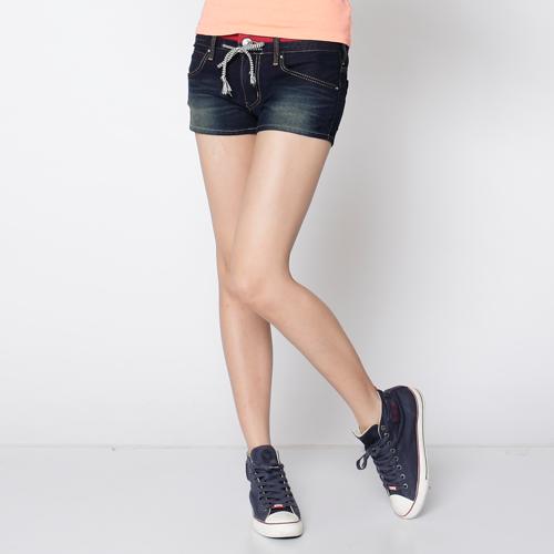 【1290元優惠↘】EDWIN JERSEYS 迦績圓織牛仔短褲-女款 原藍磨 0