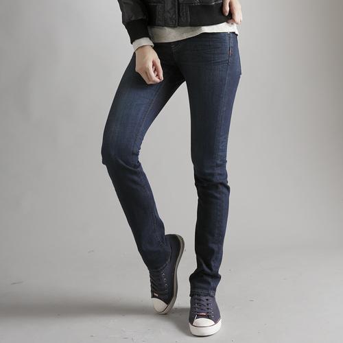【5折優惠↘】EDWIN EDGE LINE窄管牛仔褲 -女款 酵洗藍 0