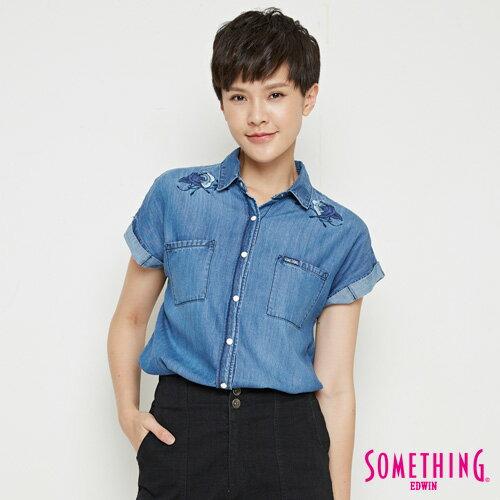 【週年慶。8折優惠↘】SOMETHING 玫瑰刺繡 短袖牛仔襯衫-女款 中古藍 0