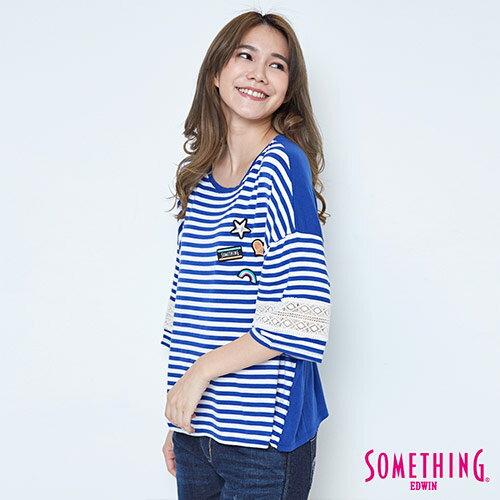【週年慶。8折優惠↘】SOMETHING 童趣貼標 蕾絲橫條T恤 -女款 藍色 2