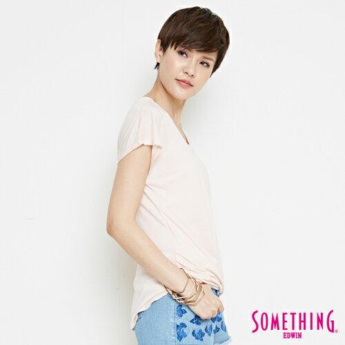【週年慶。8折優惠↘】SOMETHING 優雅交疊 V領連袖T恤-女款 淡粉紅 2