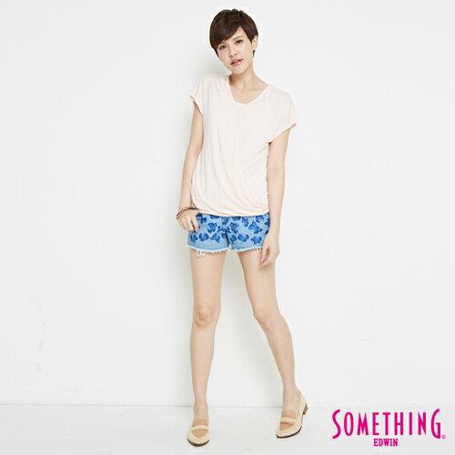 【週年慶。8折優惠↘】SOMETHING 優雅交疊 V領連袖T恤-女款 淡粉紅 3
