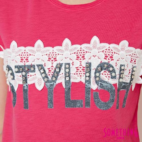 【週年慶。8折優惠↘】SOMETHING 布蕾絲釘珠 短袖T恤-女款 桃紅色 4