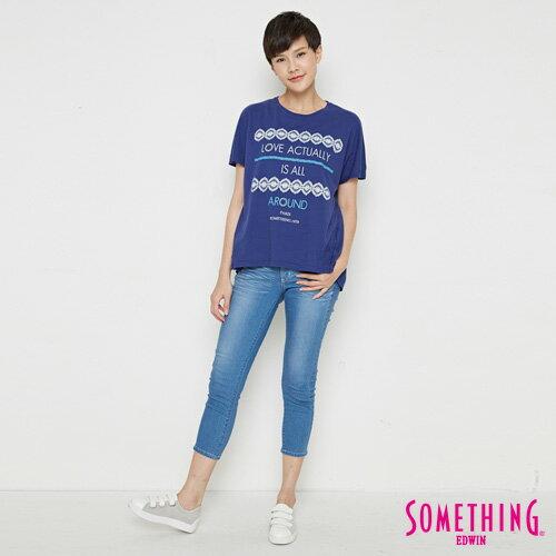 【週年慶。8折優惠↘】SOMETHING  復古印花 寬版T恤-女款 丈青 3
