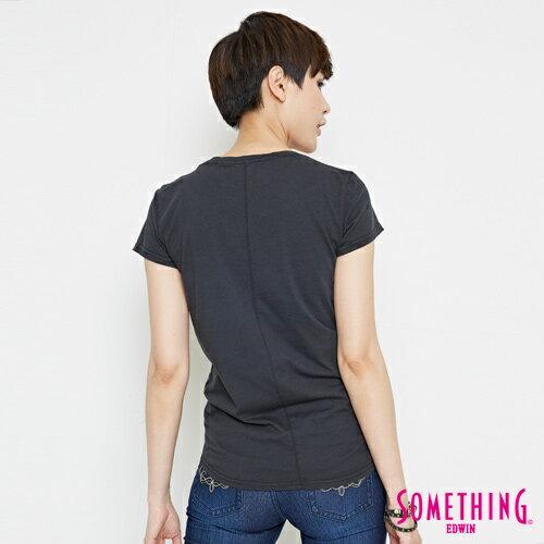 【週年慶。8折優惠↘】SOMETHING 基本LOGO標語 短袖T恤-女款 黑色 1