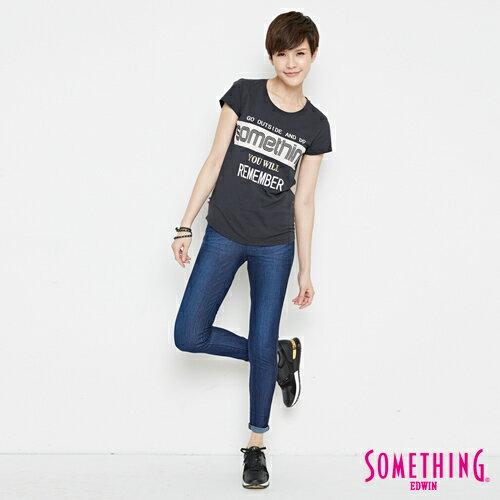 【週年慶。8折優惠↘】SOMETHING 基本LOGO標語 短袖T恤-女款 黑色 3