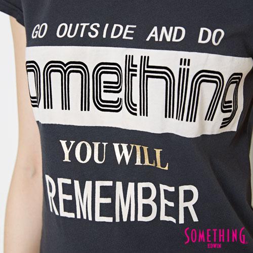 【週年慶。8折優惠↘】SOMETHING 基本LOGO標語 短袖T恤-女款 黑色 4