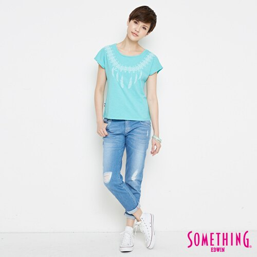 【9折優惠↘】SOMETHING 羽毛圖騰刺繡 連袖T恤-女款 淡藍色 3