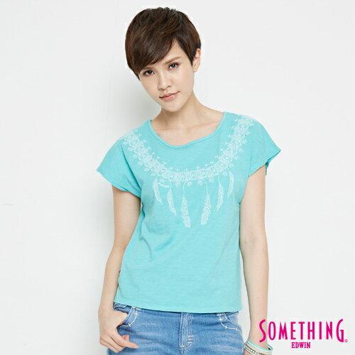 【9折優惠↘】SOMETHING 羽毛圖騰刺繡 連袖T恤-女款 淡藍色 0