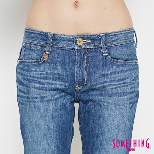 【9折優惠↘】SOMETHING NEO FIT基本 寬鬆八分褲 -女款 中古藍 4