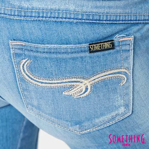 【週年慶。8折優惠↘】SOMETHING CELEB 破壞補釘 合身七分牛仔褲 -女款 石洗藍 7