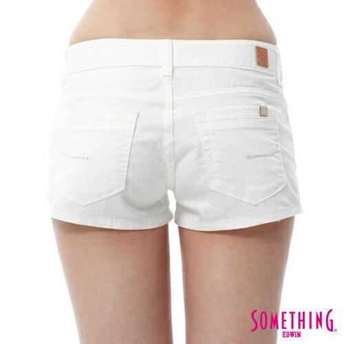 【週年慶。8折優惠↘】SOMETHING NEO FIT 基本款夏日彩色短褲 -女款 白色 5